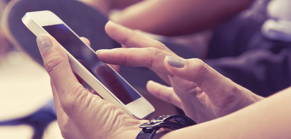 Researchers Find New Brain Rhythm Triggered by Text Messaging with Smartphones
